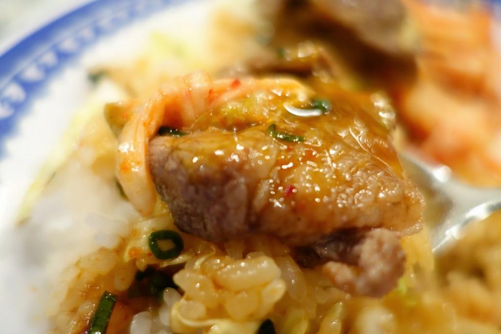 たま〜に食べたくなる三宮ランチ 焼豚玉子飯という新ジャンルで頑張ってる美味(みみ)が意外と頑張ってた件