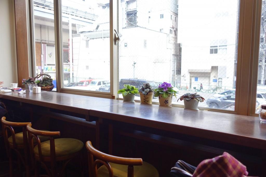 三宮でゆっくりコーヒー飲むなら隠れ家的に使えるカフェPocket(ポケット)へ