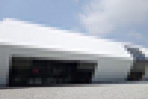 姫路には似つかわしくない近代的なデザインの建物!潜入捜査してきました